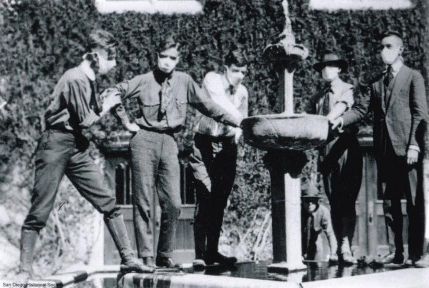 Fountain in 1918